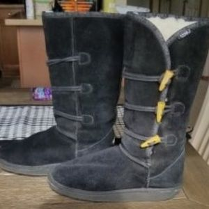 EMU BLACK SHERPA LINED BOOTS SUEDE 7 HIP BUTTON